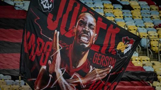 Na despedida de Gerson, Flamengo vence suado contra o Fortaleza em noite letal de Bruno Henrique