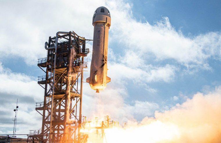 Jeff Bezos vai ao espaço a bordo do foguete New Shepard
