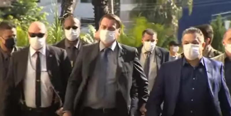Centrão trai Bolsonaro, rejeita voto impresso e o Distritão e resgata as Coligações.