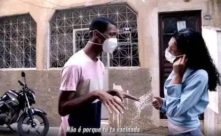 Campanha em vídeo de morador da Maré contra a Covid-19: 'Imperdível, pedagógica'