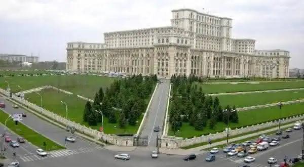 Top 10 maiores palácios do mundo